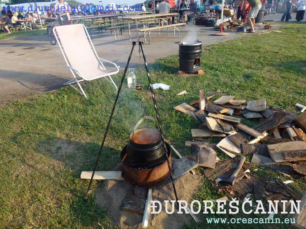 Sl Brod   kuhanje fisa  2016